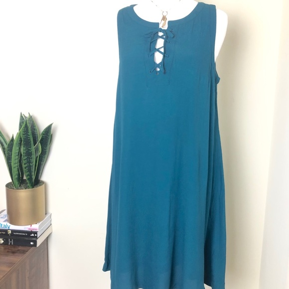 LOFT Dresses & Skirts - Loft emerald green dress